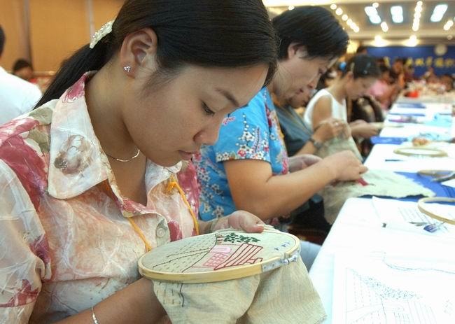 杭州市首届手工编织大赛开锣